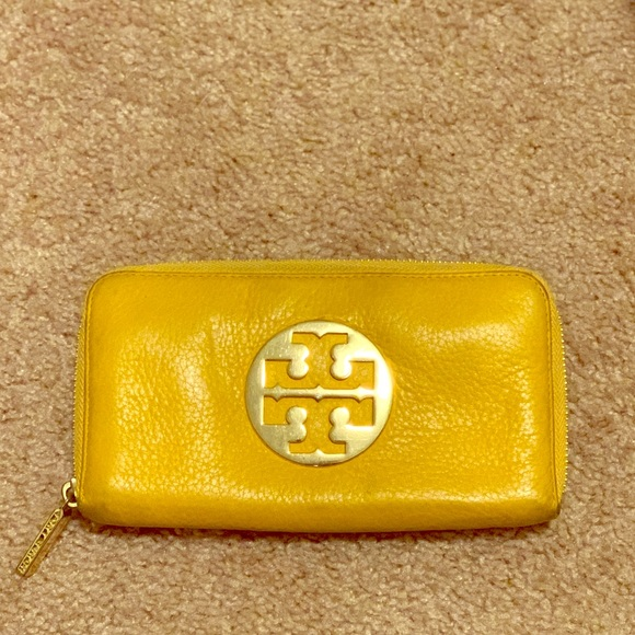 Tory Burch Handbags - Tory Burch yellow leather wallet